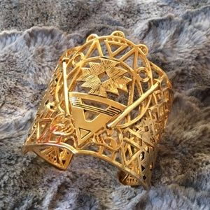 Goddess Nile Cutout Gold Cuff